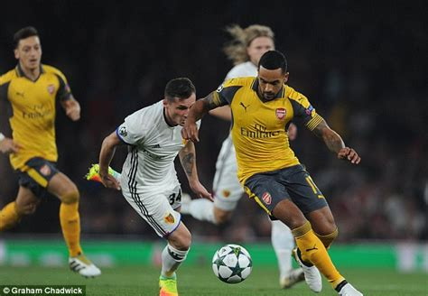 Arsenal to wear yellow and blue away kit in FA Cup final against Aston Villa   Football   The Guardian