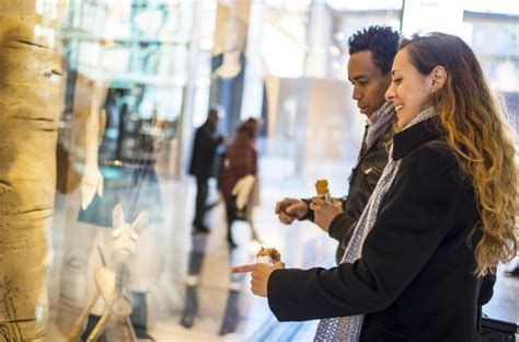 Window Shopping by New Tool Creates Digital Quot Window Displays Quot To Rival Fifth
