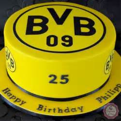 borussia dortmund fussballtorte fussballtorten cupcake 4 you - Hochzeitstorte Dortmund