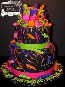 Glow in the dark Cake for a glow in the dark party Use