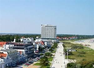 Hotel Verdi Rostock : rostock warnem nde blick vom leuchtturm zum hotel neptun 2004 staedte ~ Yasmunasinghe.com Haus und Dekorationen
