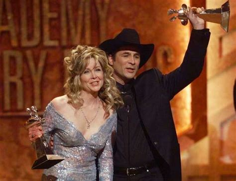 clint black married houston welcomes clint black home for freedom over texas greenwichtime