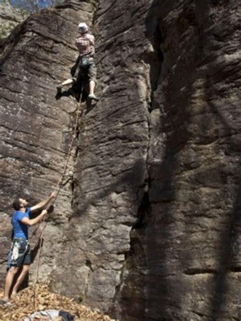 Rock Climbing Basics Tips For Every Beginner The Boy