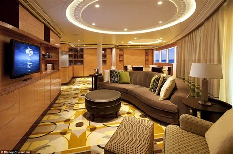 Cunard Line And Crystal Cruises Luxury Suites Revealed In Photos | Daily Mail Online
