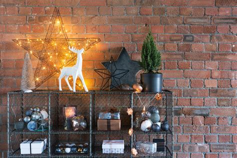 embrace industrial christmas decorations   urban