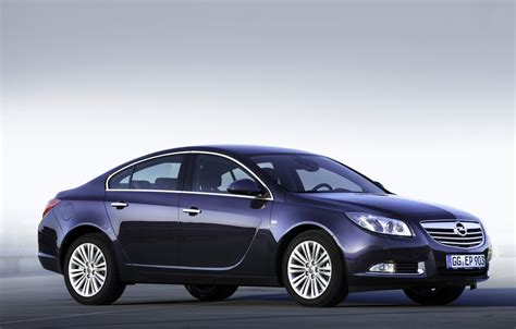 Opel Insignia Review by Opel Insignia Review Test Drives Atthelights