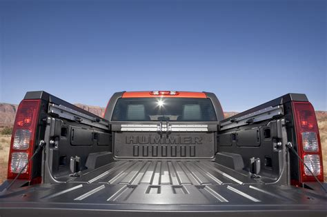 standard truck bed dimensions