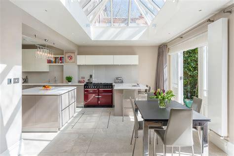 12 Modern Eat-In Kitchen Designs : 20 Amazing Eat-in Kitchen Design Ideas