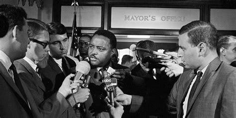 civil rights leaders remembered  atlantas street names