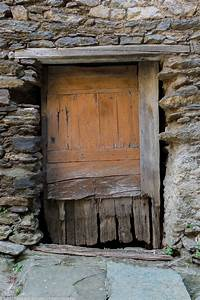 Rustic Doors – Part I – Filip Ghinea | Photography Chronicles  Rustic