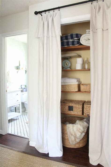 Closet Cover Options by 25 Best Ideas About Closet Door Curtains On