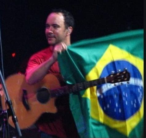 dave matthews fan club dave matthews band images dave in brazil with our flag