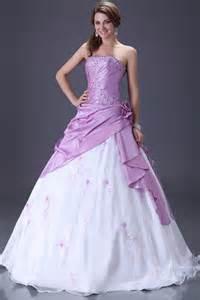 tati mariage lille robe de mariée originale en couleur idées et d 39 inspiration sur le mariage