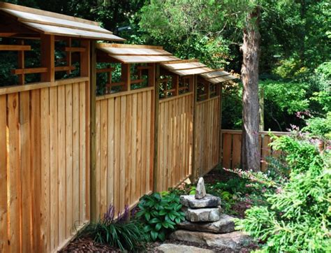 25 Japanese Fence Design Ideas You Can Implement For Your
