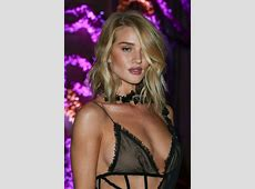 Rosie HuntingtonWhiteley wows in barelythere black gown