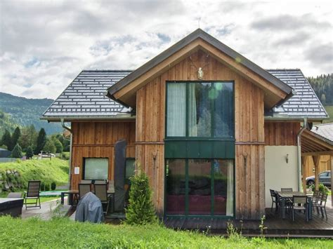 maison rondins de bois murau chalet 17 luxury wooden chalet with in house wellness and 1298224