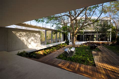 Home Design With Courtyard :  Modern Garden Design