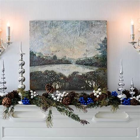 holiday rooms  blue  white traditional home