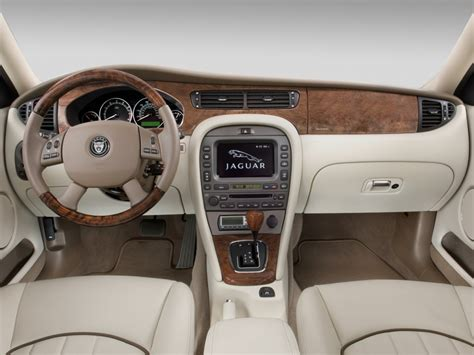 2008 Jaguar X-type 4-door Sedan Dashboard, Size