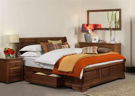 38014 design your own bed sleigh bed the monaco in solid wood