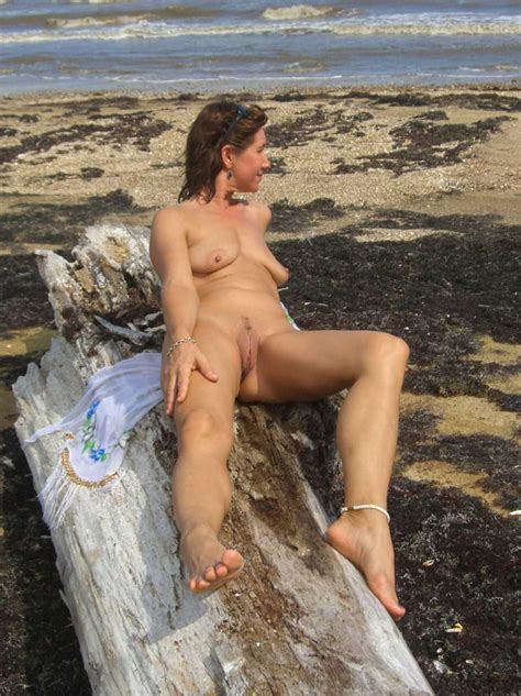 Hot Granny Porn Pictures And Vids Free Granny And Mature Porn Blog Mature Women Outdoors