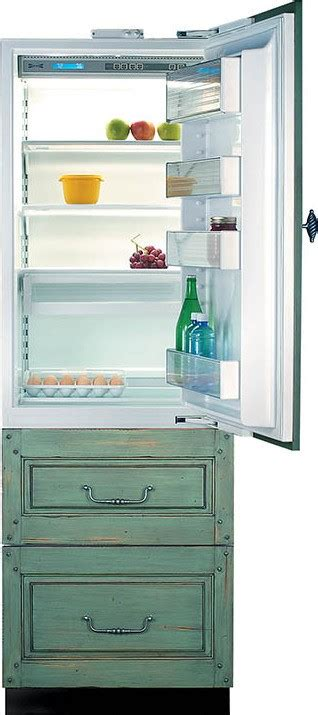 tr  built   refrigerator panel