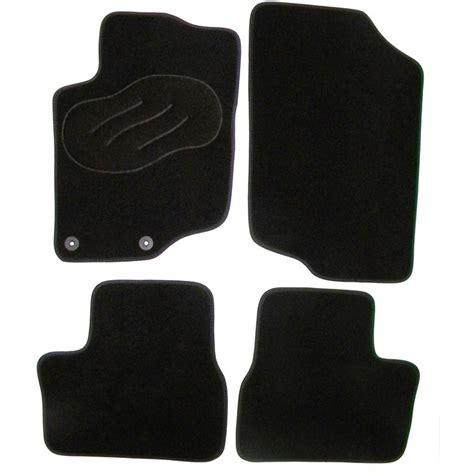 tapis de sol norauto jeu complet de tapis sur mesure noir en moquette norauto norauto fr