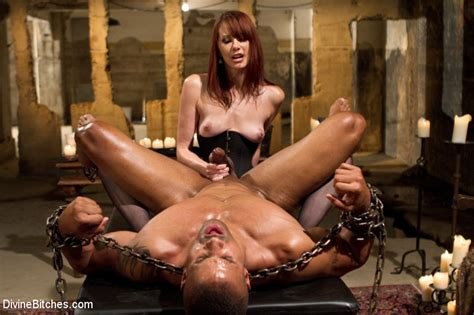 Maitresse Madeline Declares Slave The Official Divine Meat