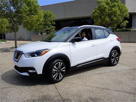 cars  nissan kicks review road test   cars