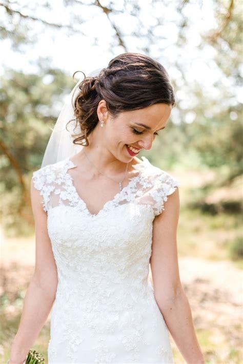 bruidskapsels half opgestoken
