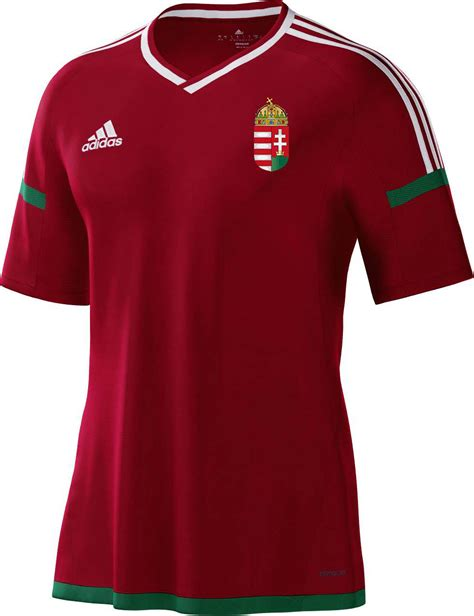Torcedores escolhem os novos uniformes da Hungria - Show ...