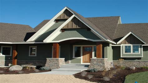exterior paint colors with light brown roof home design
