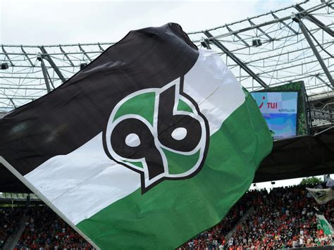 "Hannoverscher sportverein von 1896, commonly referred to as hannover 96, hannover, hsv or simply 96, is a german professional football club. ""Würzburg ist ein Pulverfass"" - bringt Hannover 96 das ..."