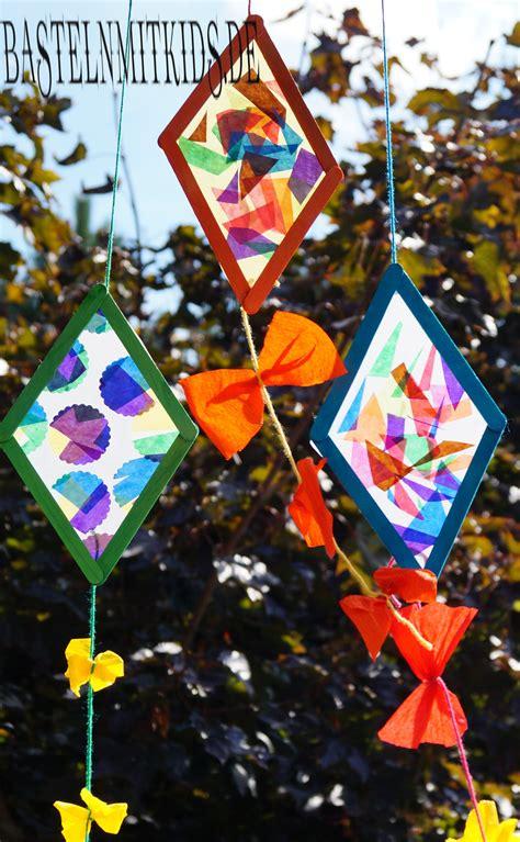 Herbstdeko Fenster Drachen by Drachen Basteln Mit Holzst 228 Bchen Basteln Mit Kindern