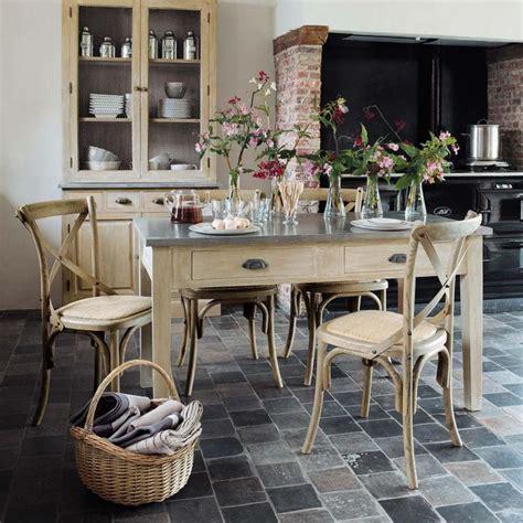 cuisine zinc maison du monde idée relooking cuisine table à dîner zinc maisons du