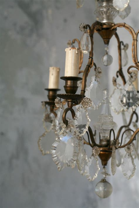 Cheap Vintage Chandeliers by Chandeliers What Is Antique
