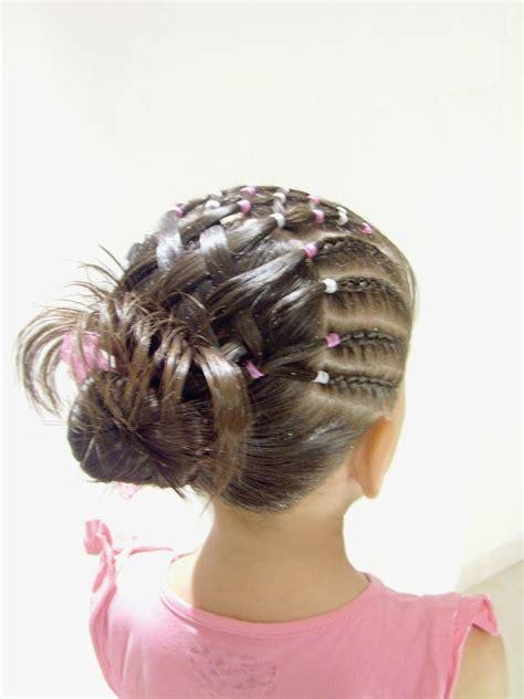 10 Nuevos peinados para niña con trenzas y cintas paso a