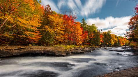 top  reasons  visit muskoka  autumn