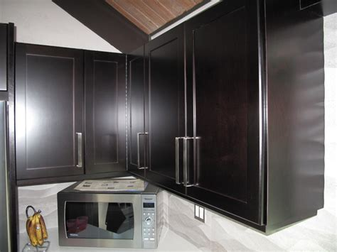 staining kitchen cabinets espresso cabinet refacing with espresso stain on maple veneer 5703