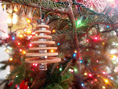 diy industrial christmas ornament