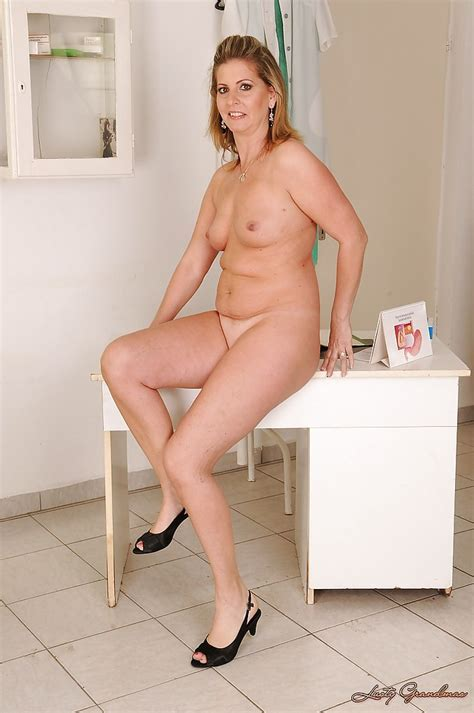Full Figured Mature Blonde Stripping Off Her Dress And