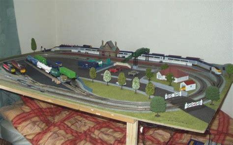 model train table kit 1 ho model train christmas layout kits euromodel train