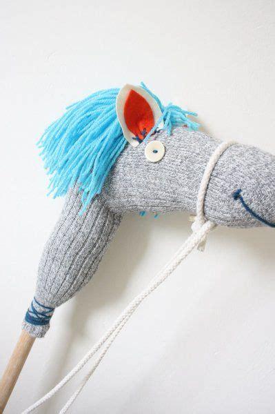 steckenpferd basteln kindergeburtstag die besten 17 ideen zu pferde auf pferde gastgeschenke pferde partyartikel