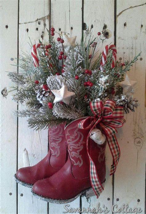 christmas wreaths diy 30 of the best diy christmas wreath ideas holiday wreaths cowboy boots and cowboys