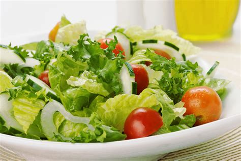 picture of green salad making the perfect green salad a basic formula