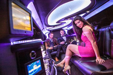 Limo Rides Near Me by Rentals Near Me Best Prices Guranteed