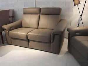 une vierge sur canape 28 images un futon faisant canap With tapis de course pas cher avec fabriquer assise canapé