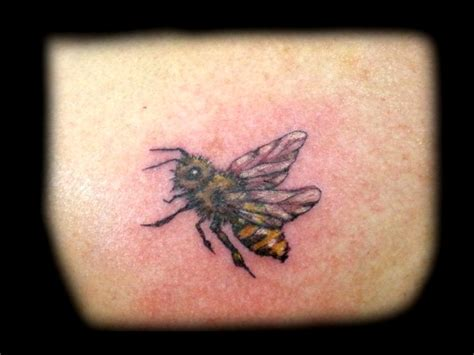 bee tattoo images designs
