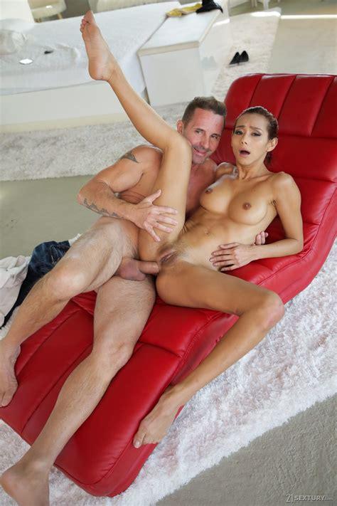 Hot Latina Veronica Leal Has Anal Sex And Blowjob Photos