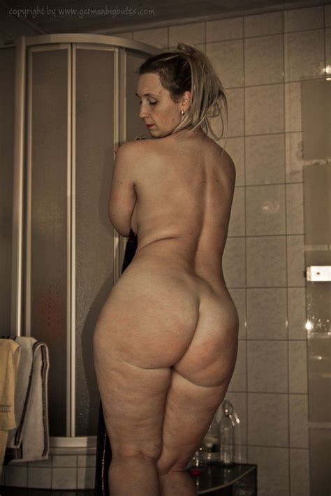 German Sarah Big Butt Porn Hot Girl Hd Wallpaper